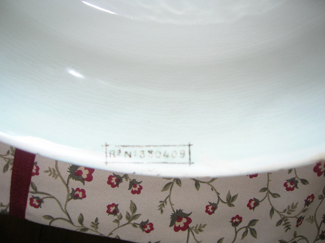 """Super Cheese Dish 12"""" wide by 9"""" Tall. The Reg Pattern no. 330409 puts it in the year of Queen Victoria's Diamond Jubilee . Given the crown shape it´s probably commemorative. Images courtesy of Floyd Bosko"""